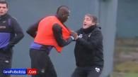 Balotelli et Mancini s'embrouillent