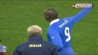 Balotelli se trompe de maillot