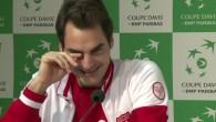 Roger Federer hilare en conférence de presse