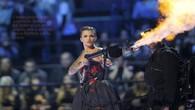 Les tenues de Ruby Rose aux MTV Music Awards