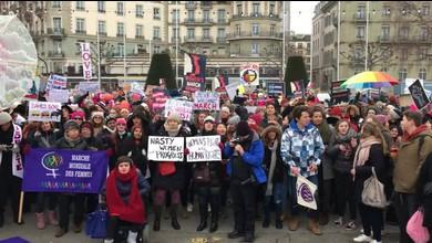 Ambiance lors de la «Marche des femmes» à Genève