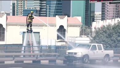 «Fliegender» Feuerwehrmann löscht Feuer in Dubai