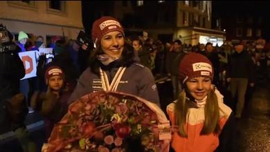 Ski-Weltmeisterin Wendy Holdener in Unteriberg gefeiert