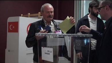 Türken in der Schweiz stimmen ab