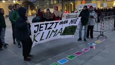 Die Demonstranten der «Extinction Rebellion» vor dem Bundeshaus.
